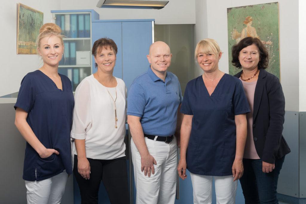 Praxisteam der Zahnarztpraxis